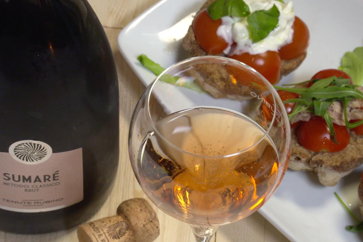 abbinamento con il sumarè: Le frise con la stracciatella e pomodorini - Tenute Rubino