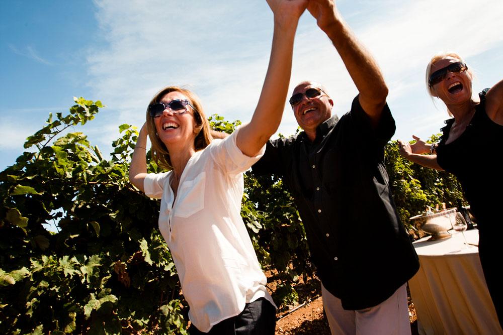 La Vendemmia delle donne 2013 - Tenute Rubino | I Vini del Salento