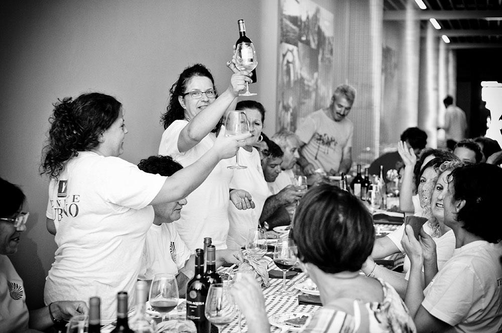 La Vendemmia delle donne 2014 - Tenute Rubino | I Vini del Salento